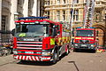 Cambridge-fire-engines-outside-Caius-2.jpg