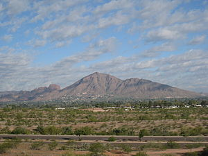 Camelback Mountain - Image: Camelback Mountain 2