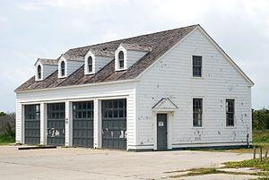 Cape Lookout Coast Guard Station - Image: Cape Lookout Coast Guard Sta. Equipment Building 2013 06 01