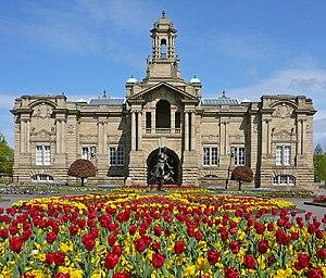 Cartwright Hall - Cartwright Hall, Lister Park, Bradford