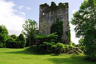 Dunkerron Castle - Image: Castles of Munster Dunkerron, Kerry (2) (geograph 3037291)