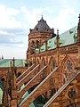 Cathédrale de Strasbourg - contreforts de la nef, côté nord - 20160606 194701.jpg
