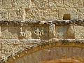 Cendrieux église décor portail.JPG