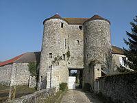 Château de Montépilloy 01.JPG