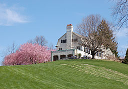 Chanticleer Gardens Main House Springtime ...