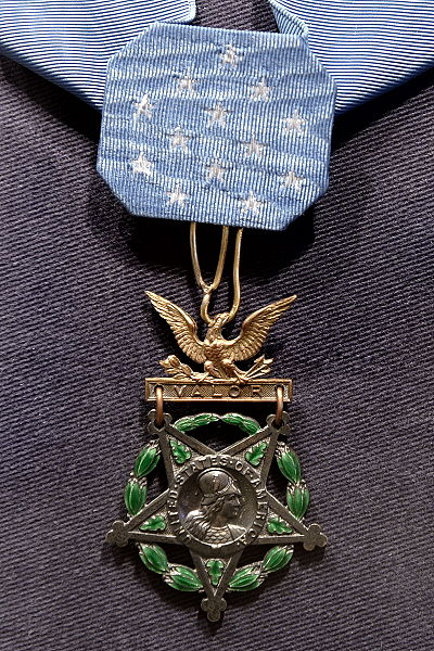 File:Charles Lindberg, Medal of Honor.JPG
