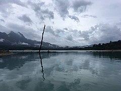 Cheow Lan Lake 06.jpg