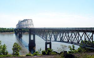 Chester Bridge - Image: Chester IL Mississippi River bridge 3324
