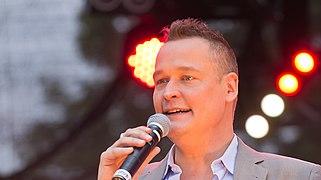 Dateicolognepride 2014 Heumarkt 1731 Moderator Bernd Fuchs 2271