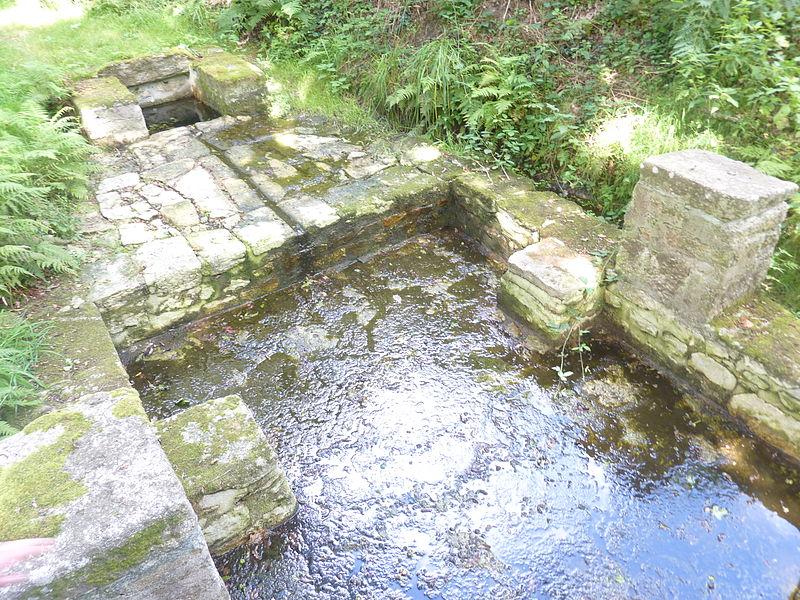 Fontaine et lavoir de KERDEC'H