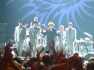 Culture of Minnesota - Bob Dylan and his band in 2007