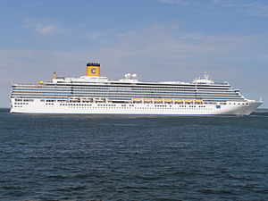 Costa Deliziosa departing from Tallinn 22 May 2012.JPG