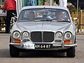 Daimler Sovereign 4.2 , Dutch licence registration AH-64-87 pic1.JPG