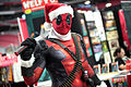 Deadpool cosplayer (23514912381).jpg