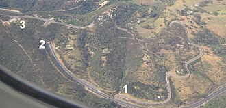 Heysen Tunnels - Adelaide-Crafers Highway: Eagle on the Hill (3) is directly above the Heysen Tunnels entrance (2), with the old road winding round from Devil's Elbow (1).