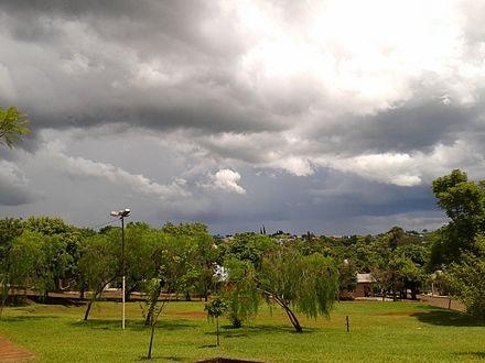 b5b9cbeb92a1 Dia nublado em Crissiumal visto a partir da praça do Bairro União.