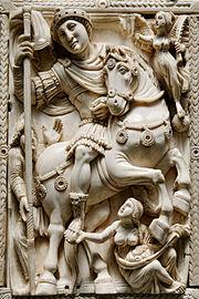 Photo d'une sculpture en ivoire représentant un homme à cheval