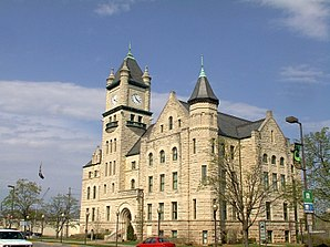 Douglas County Courthouse in Lawrence, gelistet im NRHP Nr. 75000708[1]