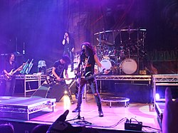 DragonForce - VH104.JPG