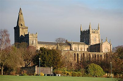 Dunfermline Abbey, where Albany was buried Dunfermline Abbey Geograph.jpg