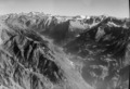 ETH-BIB-Val Bregaglia, Blick nach Osten auf Bernina-LBS H1-018022.tif