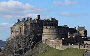 Edinburgh Castle from the National Museum of Scotland 2013.JPG