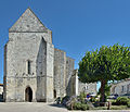 Eglise Saint Pierre de Chaniers 2.JPG