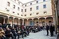 El conseller Mundó, durant els parlaments al pati de la Model, després de la signatura del conveni.jpg