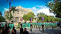 El desfile frente al Palacio Cantón.jpg