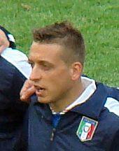 Giaccherini all'esordio in Nazionale il 10 giugno 2012, contro la Spagna, agli Europei di Polonia e Ucraina.