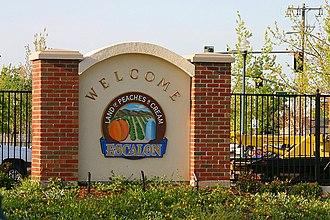 Escalon, California - Escalon, Land of Peaches and Cream, welcome sign