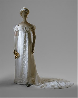 Evening gown - White cotton evening dress ca. 1804-05