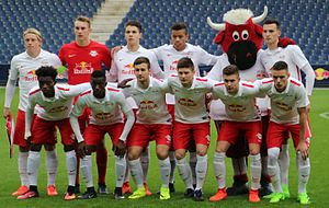 FC Red Bull Salzburg gegen Atletico Madrid (UEFA Youth League 7. März 2017) 38.jpg