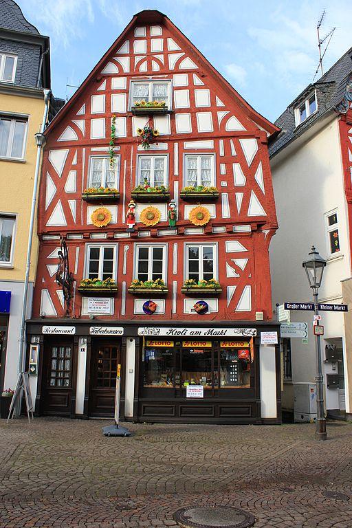 File:Fachwerkhaus. Stadt Montabaur..jpg - Wikimedia Commons