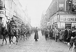 Falkenhayn's cavalry entering Bucuresti on December 6, 1916.jpg