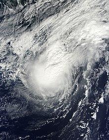 Un'immagine satellitare visibile di un uragano disorganizzato il 12 ottobre.