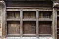 Fenêtres et volets de la maison au 8 rue de la Cordonnerie, Dinan, France.jpg