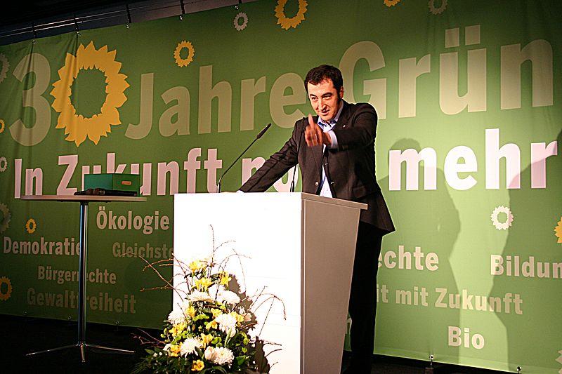 File:Flickr - boellstiftung - Cem Özdemir, Bundesvorsitzender Bündnis 90-Die Grünen.jpg