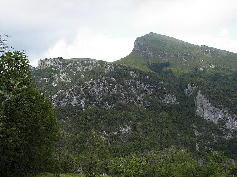 File:Foce delle Porchette - panoramio (1).jpg