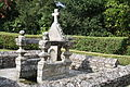 Fontaine de Longueville (droite).JPG