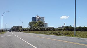 Economy of New Zealand - Agriculture (especially dairy farming—such as for the Fonterra plant shown) is a major export earner