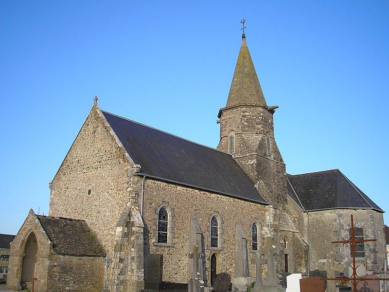 Montsurvent (Normandie, France). L'église Saint-Martin.