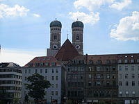 Frauenkirche towers, Munich.JPG