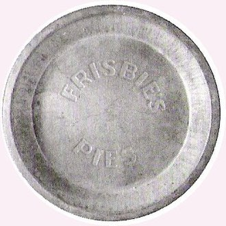 Ultimate (sport) - Frisbie pie tin