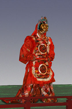 Gagaku dancer Jul08-3.jpg