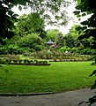 Gardens in Pudsey Park - geograph.org.uk - 443429.jpg