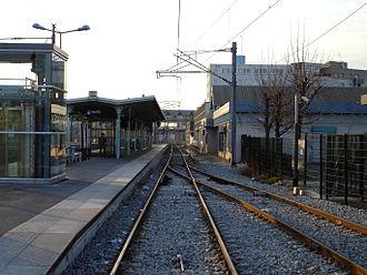 Bondy station - Image: Gare de Bondy 02