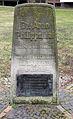 Gedenkstein Grabensprung 29 (Biesd) Arno Philippsthal.jpg