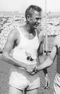 Gene Venzke American middle-distance runner