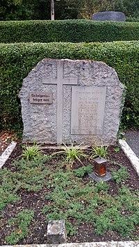 Grab des Philipp Lenard in Messelhausen.jpg
